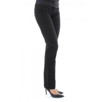 Dámské jeans 714 Levis 21834-0001 model Straight Black