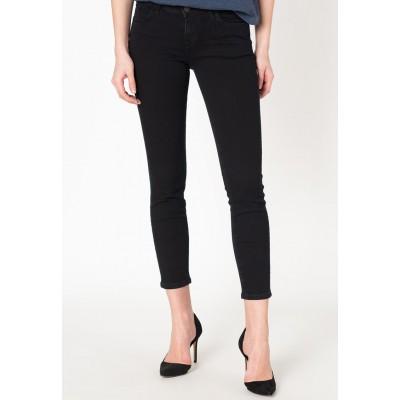 Mustang jeans dámské CARO 1008580-4000-881